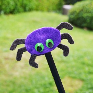 DIY Halloween Pencil Toppers with Googly Eyes