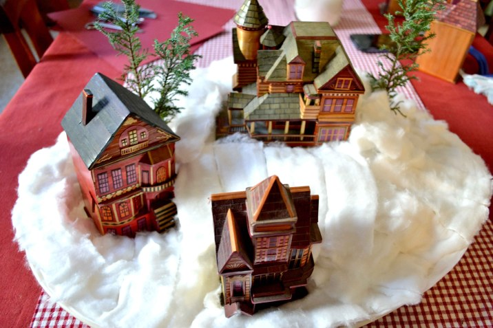 DIY Christmas Village - serendipidiy.wordpress.com